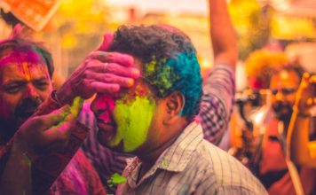 15 Best Holi Video Songs from Bollywood in Hindi
