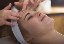 10 Best Homemade Facial Scrubs for Glowing Skin
