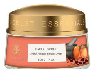 Forest Essentials Hand Pounded Organic Fruit Scrub Review